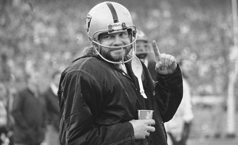 Illustration for article titled Former Raiders QB Ken Stabler Dead At 69