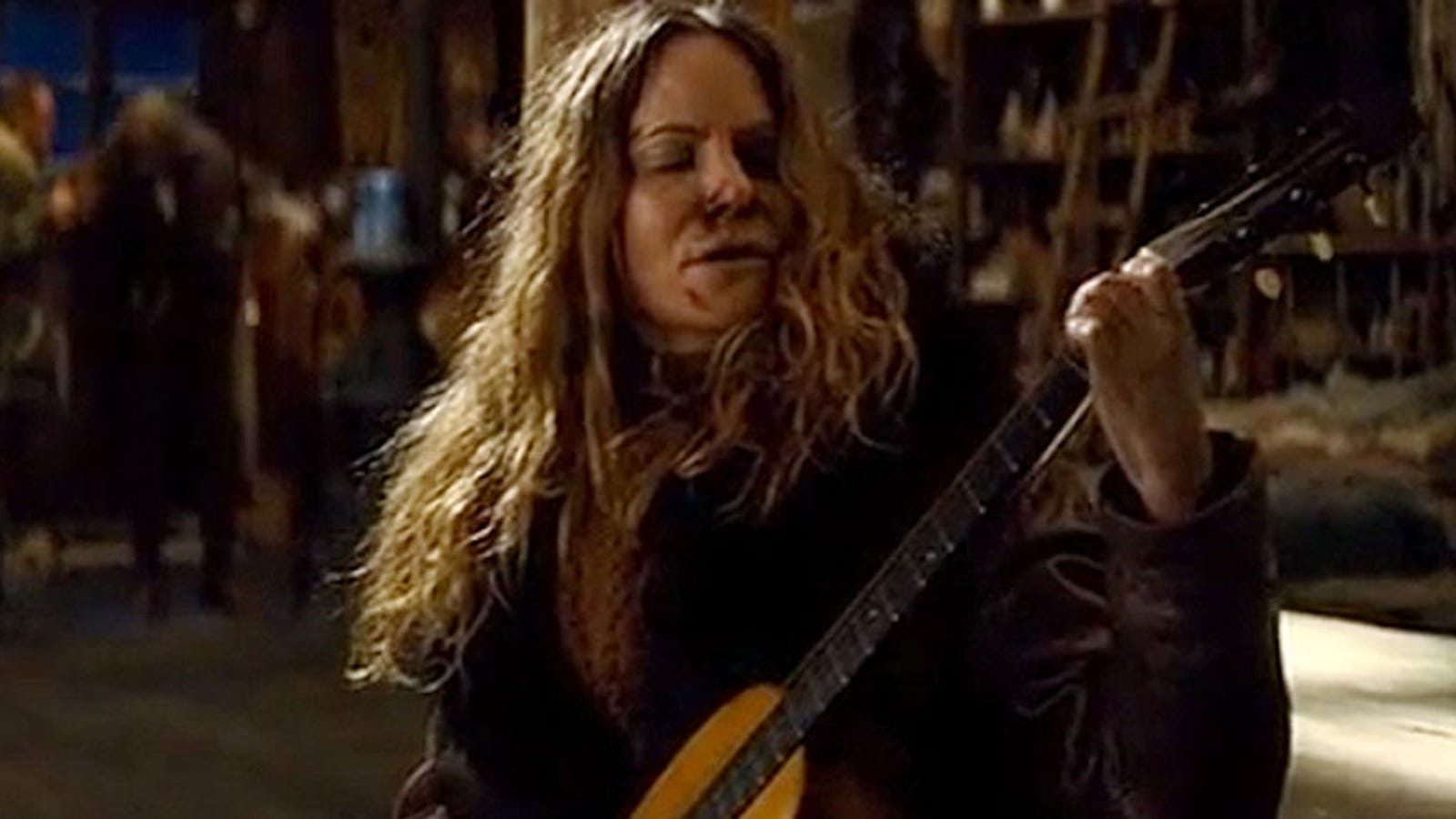 El equipo de rodaje de The Hateful Eight destrozó una guitarra de 145 años por error