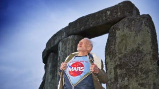 Illustration for article titled Buzz Aldrin Has An Important Message For Humanity