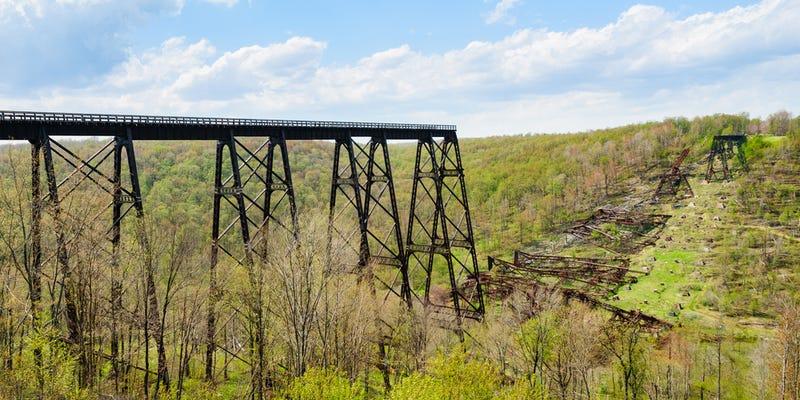 Illustration for article titled Los puentes que no se podían cruzar: megaestructuras que no resistieron