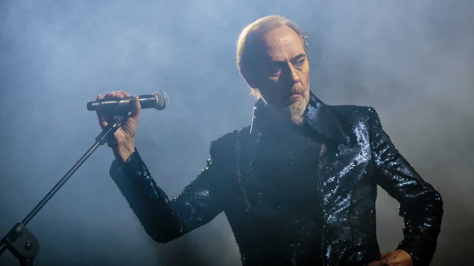 Bauhaus' Peter Murphy cancels multiple residency shows after suffering heart attack