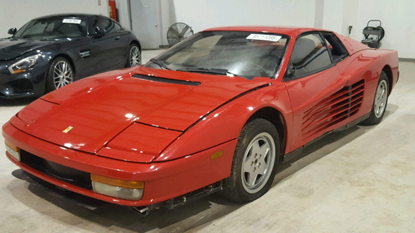 This Salvage-Title 1990 Ferrari Testarossa Is Super Cheap And Putting Some Bad Ideas In My Head