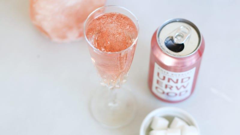 Illustration for article titled Make a Sparkling Pink Drink for Your Midsummer Cocktail