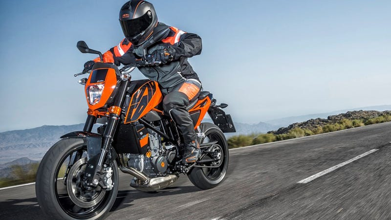 Illustration for article titled 2016 KTM Duke 690 And 690 R: The World's Best Street Scalpel Just Got Much, Much Sharper