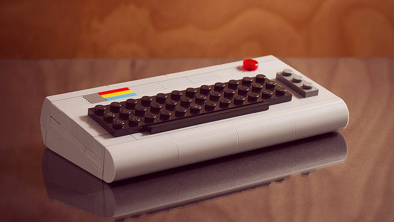 Illustration for article titled A Near Perfect Lego Recreation of the Commodore 64