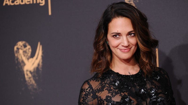Illustration for article titled Asia Argento paid off her own sexual assault accuser in April, according to New York Times report