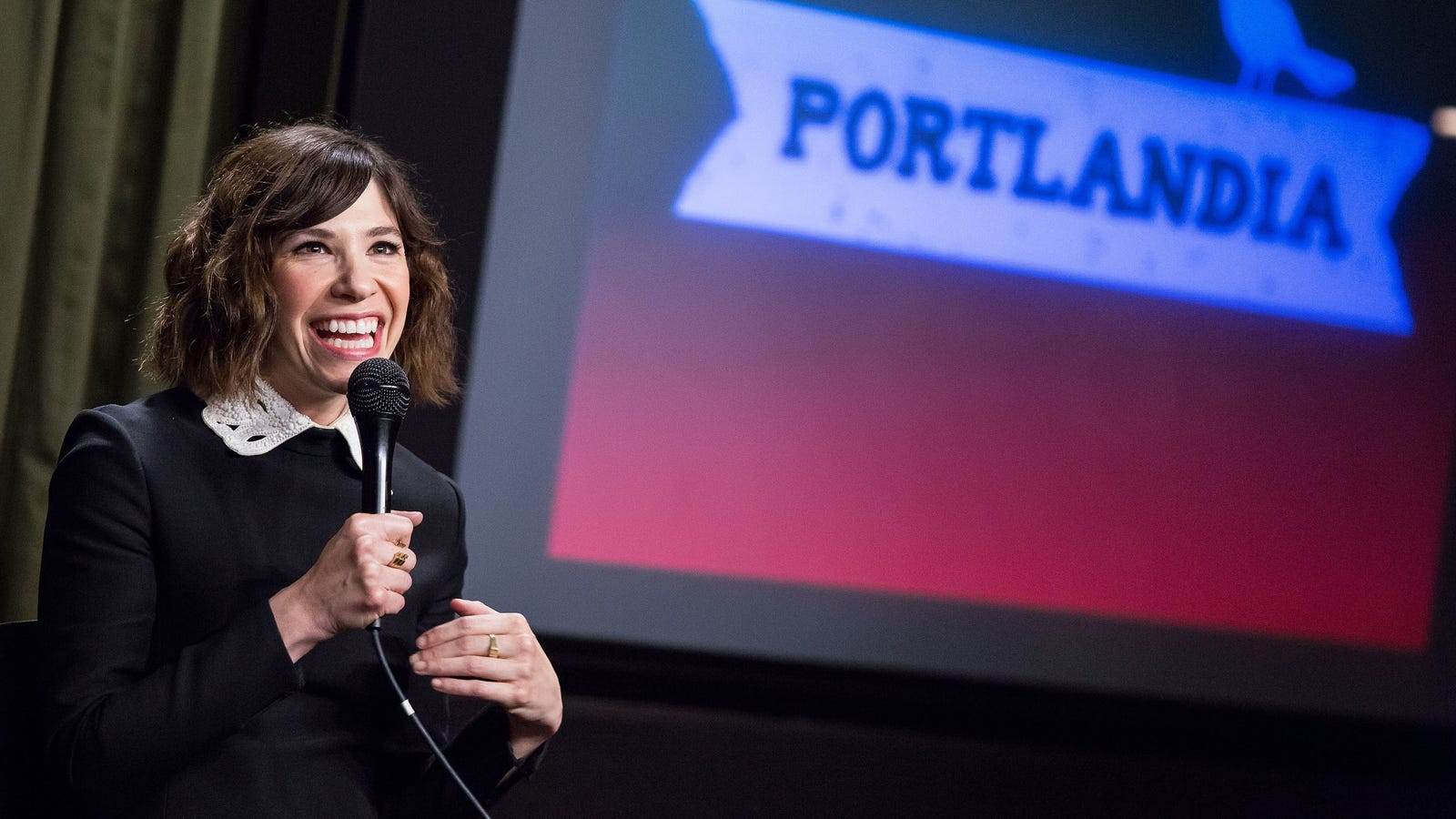 Carrie Brownstein is making a pilot based on her life for Hulu