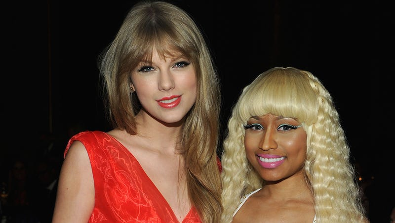 Illustration for article titled Taylor Swift Inserts Herself Into Nicki Minaj's VMA Moment