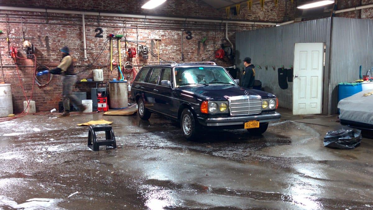 My 1984 Mercedes Benz 300TD, reviewed