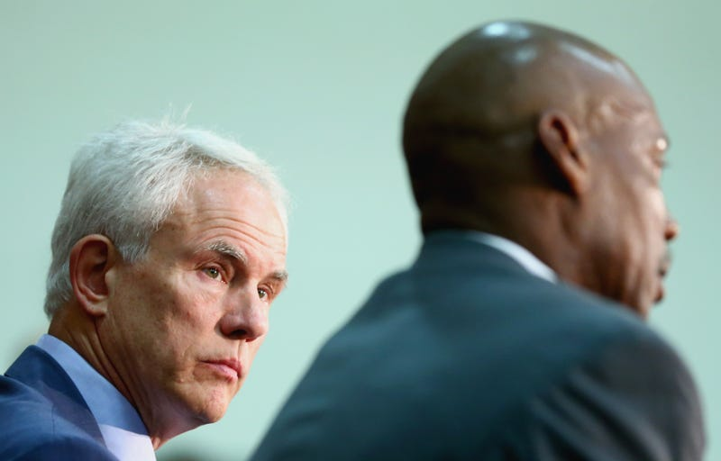 Illustration for article titled Mitch Kupchak Doesn't Want To Talk About Byron Scott