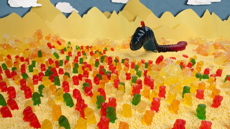 Illustration for article titled The story of Dune, recreated with Gummi worms