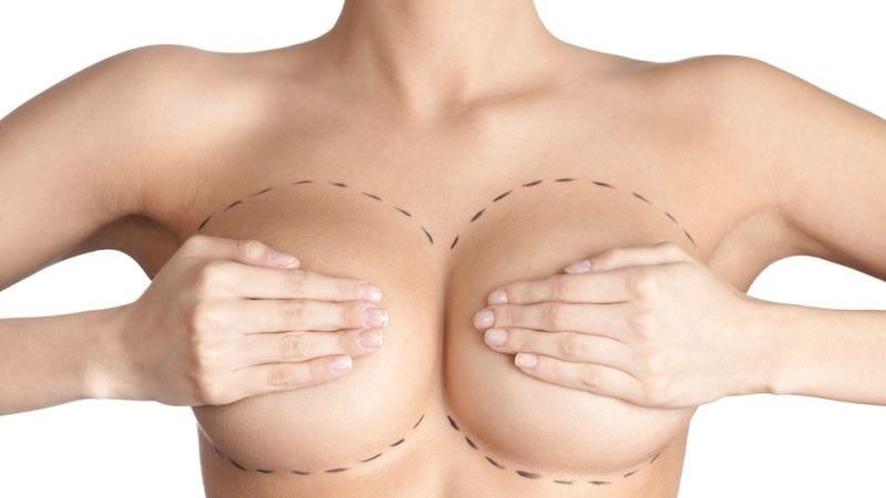 Illustration for article titled Por qué los pechos humanos son tan grandes