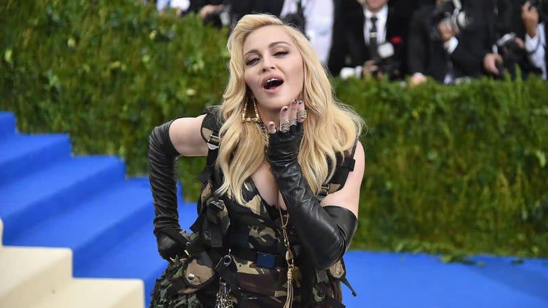 "Illustration for article titled Madonna Has John Lennon's ""Imagine"" Lyrics Hanging Over Her Toilet"