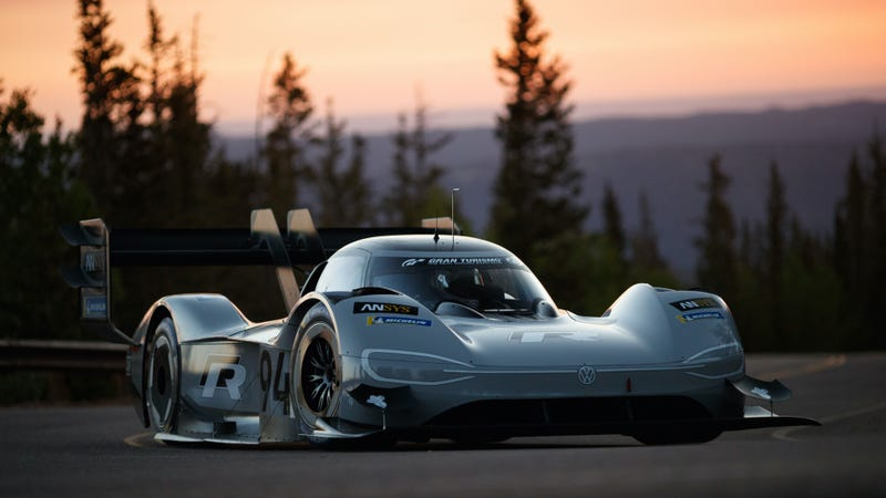 Illustration for article titled Volkswagen is Sending Its Electric Pikes Peak Winner To China to Chase a New Hillclimb Record
