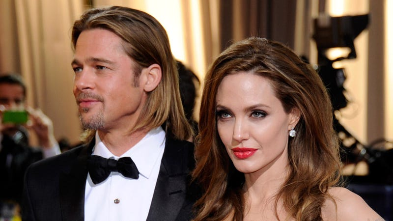 Illustration for article titled Brad Pitt's Rep Confirms He's Engaged to Angelina, But They've Yet to Set a Date