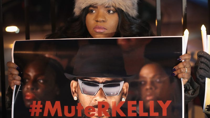 Illustration for article titled Illinois Prosecutors Reportedly Preparing to Indict R. Kelly Over Another Tape