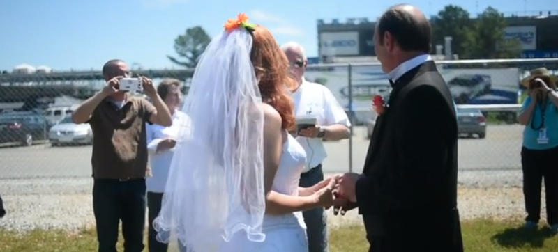 Illustration for article titled Couple Gets Married Outside Talladega Superspeedway