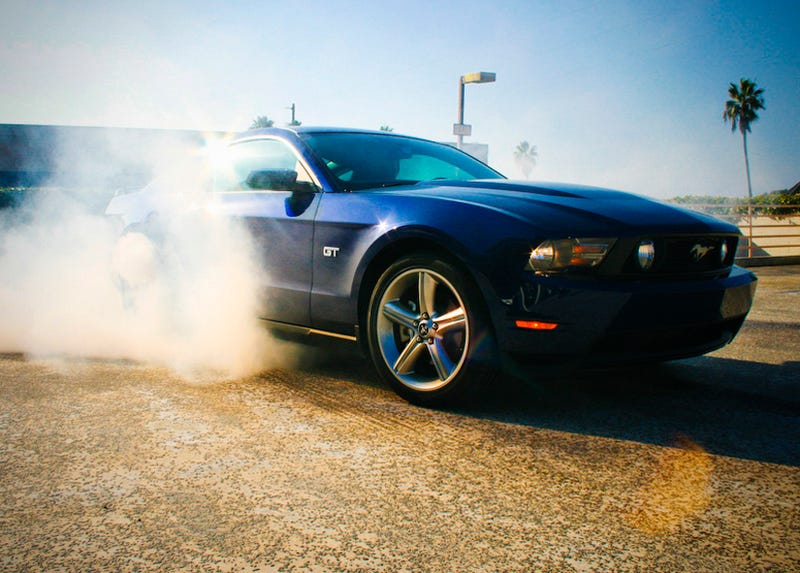 Illustration for article titled 2010 Ford Mustang Pricing Starts at $20,995