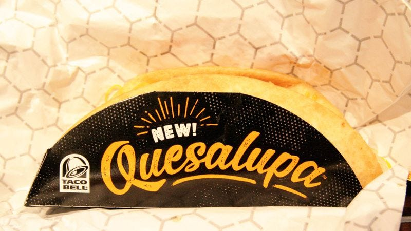 Illustration for article titled The A.V. Club tries the new Quesalupa from Taco Bell