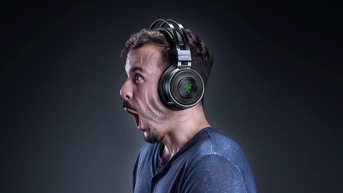 Razer Nari Ultimate Head-Vibrating Haptic Gaming Headset