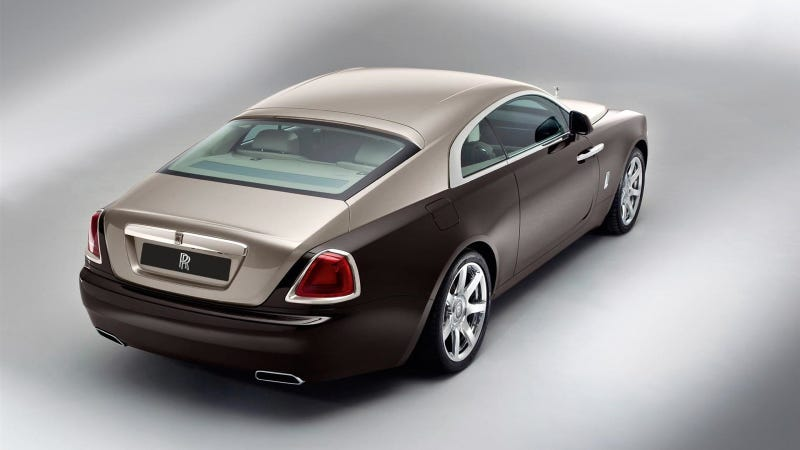 Illustration for article titled Pretentious Rolls-Royce Designer Explains Why American Cars Are So Uncool Unlike Awesome European Cars