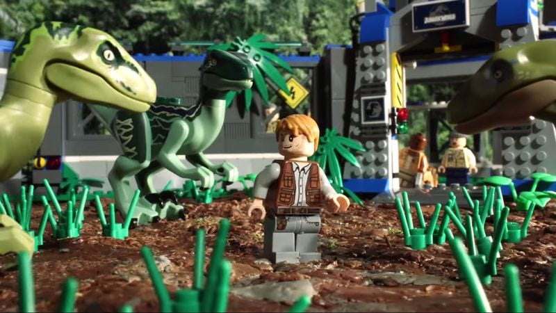 Illustration for article titled It only takes 90 seconds to watch this Lego version of Jurassic World