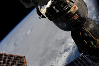 Illustration for article titled Hurricane Earl As Seen From The Space Station