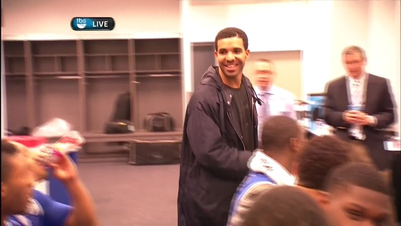 "Illustration for article titled Drake Celebrates In Kentucky Locker Room, Says He's ""Always"" Been A Fan"