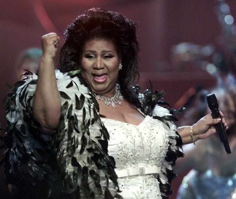 "Aretha Franklin the ""Queen of Soul,"" performs during the ""VH1 Divas 2001: The One and Only Aretha Franklin"" tribute Tuesday, April 10, 2001"