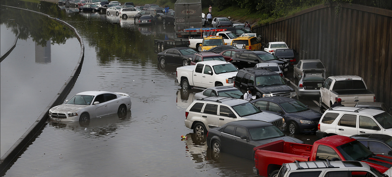 Illustration for article titled Buyer Beware: 10,000 Flood-Damaged Texas Cars Could Hit The Market