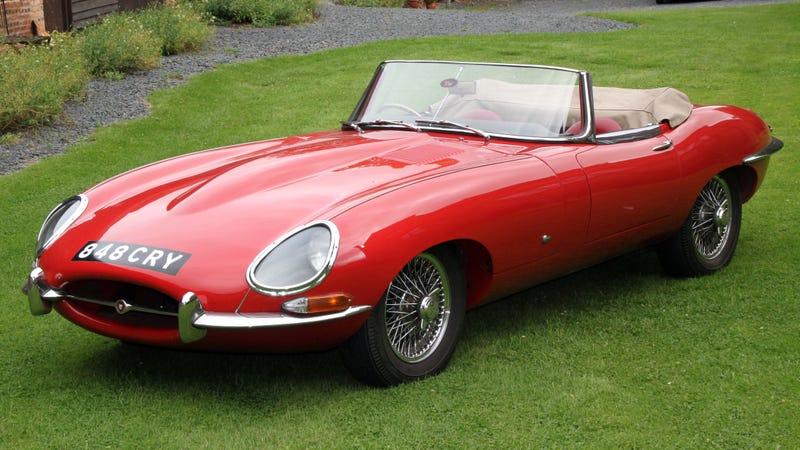 Photos courtesy of the London Classic Car Show.