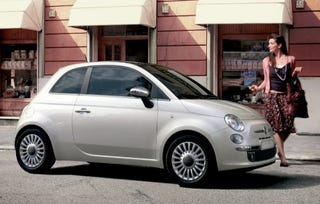 Illustration for article titled Fiat 500 Euro Car of the Year, High Cinque!