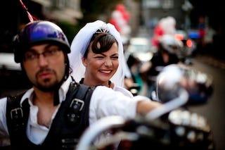 Illustration for article titled Biker Bride Bucks Tradition