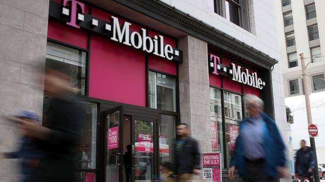 Report of Bounty Hunters Buying Phone Location Data Leaves U.S. Senators Seething