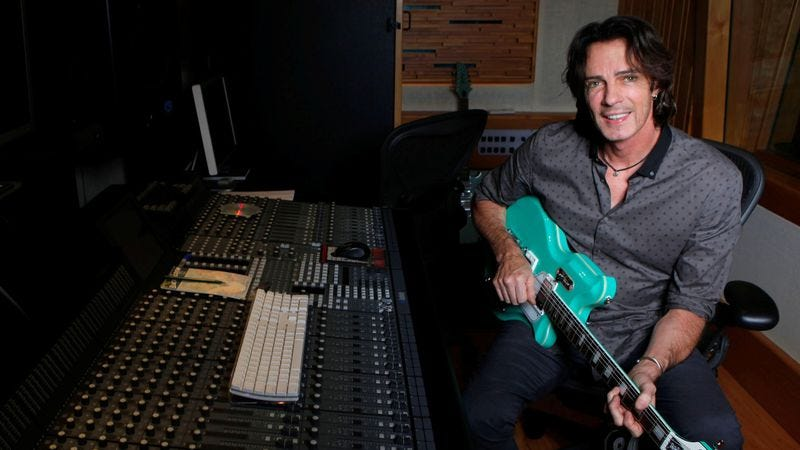 Illustration for article titled Rick Springfield on Living In Oz, acting, and eBay
