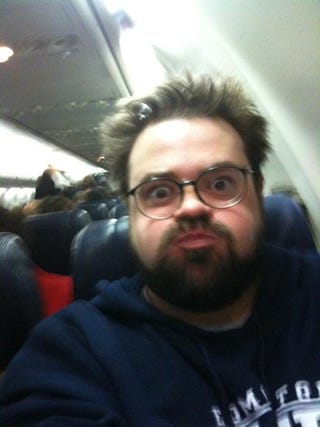 """Illustration for article titled Kevin Smith Isn't The First Person Southwest Deemed """"Too Fat To Fly"""""""