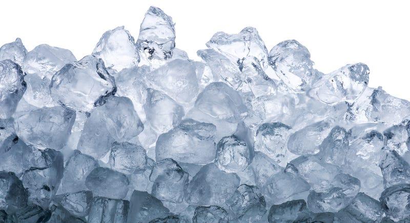 Illustration for article titled ¿Puedes resolver este clásico problema de gestión usando solo cubitos de hielo?