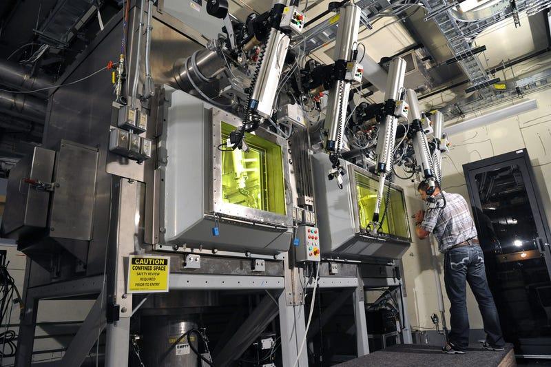 Dentro de las más futuristas Laboratorios de Ciencias