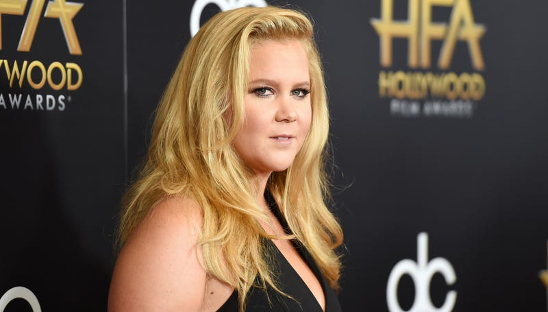 Illustration for article titled Amy Schumer Brings New Meaning to the Term 'Fire Crotch'