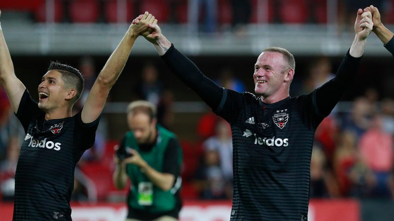 Illustration for article titled Old Man Wayne Rooney Has Officially Dragged D.C. United Into The Playoffs