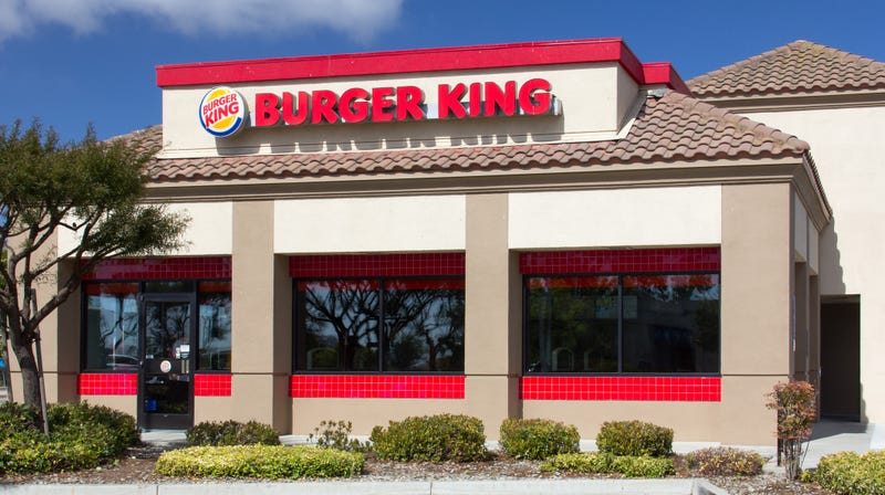 Illustration for article titled Burger King manager defends napping employee, fires shots at social media