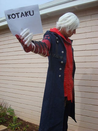 Illustration for article titled Hand Made Devil May Cry Cosplay That GLOWS