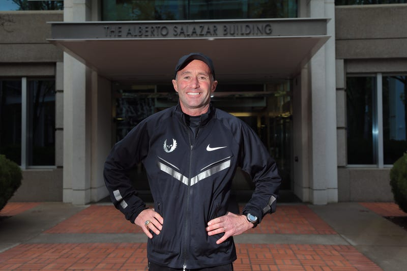 Illustration for article titled Nike Coach Alberto Salazar Accused Of Drug Violations