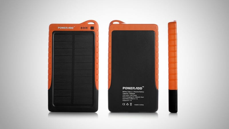 Illustration for article titled Poweradd Apollo Solar Battery Recharges Your Phone on the Cheap