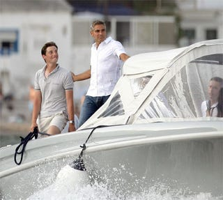 Illustration for article titled George Clooney: Father Figure To Deckhands Everywhere