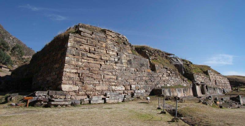 Sitio arqueológico de Chavín de Huántar, en Perú. Imagen: José Luis Cruzado Coronel / Stanford