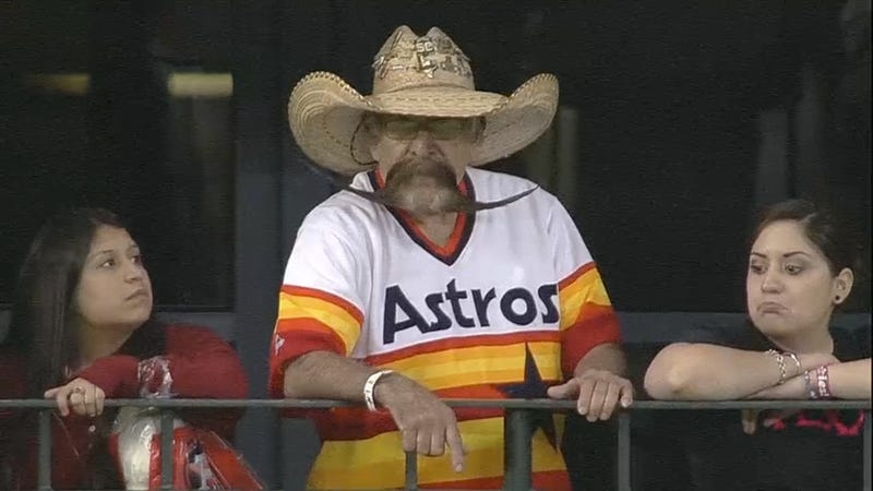 Illustration for article titled This Astros Fan Is Cooler Than You Will Ever Be