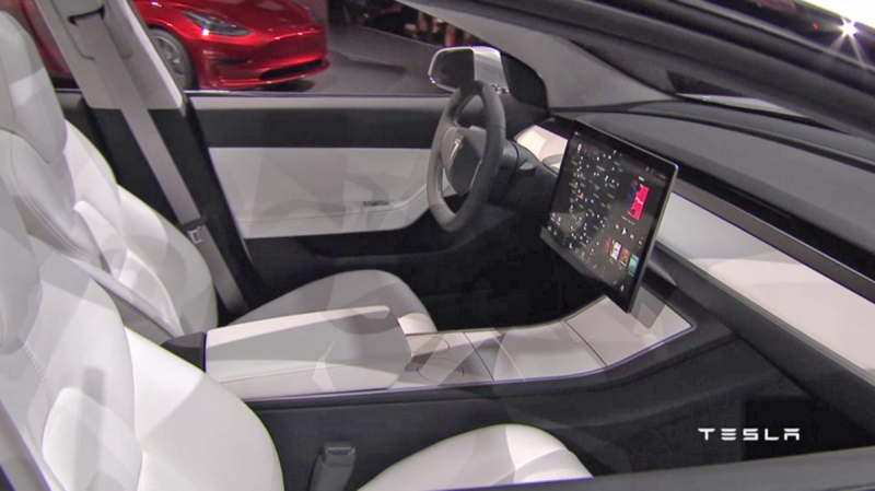 Illustration for article titled The Tesla Model 3 Will Only Have A Center Screen, Get Over It