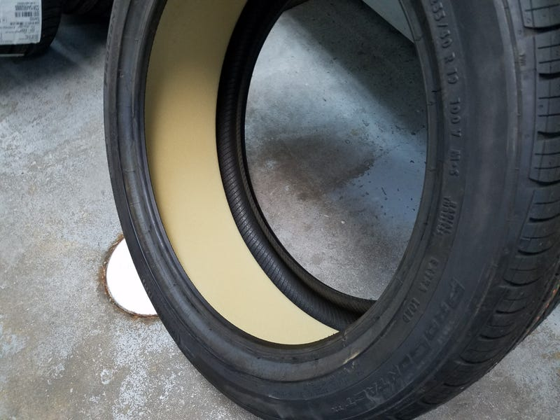 Illustration for article titled Dat inner tire silencing foam