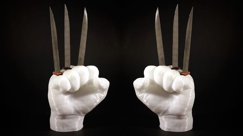 Giá để dao theo phong cách Wolverine hay sáng tạo ngu ngốc nhất cho khuôn viên nhà bếp?